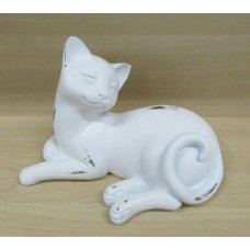 Noble Cat Figurine – Lying Down Cat
